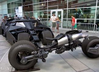 蝙蝠侠座驾骑相很狼狈 (29图)