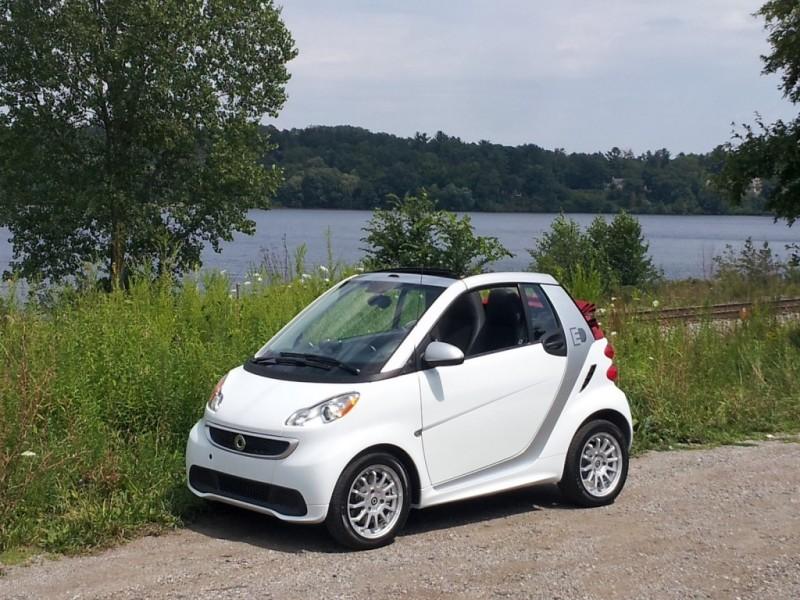 电动汽车又添新丁:2013款smart电动敞篷车
