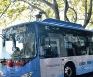 比亚迪纯电动公交车