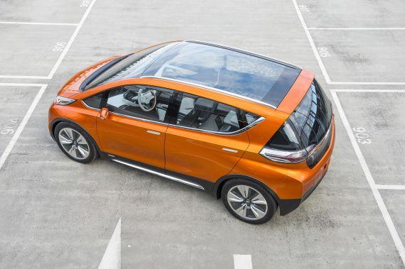 雪佛兰Bolt电动汽车 更多续航更低价格高清图片