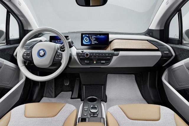 宝马i3电动汽车内部