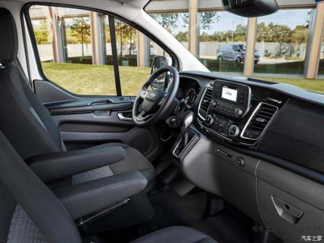 福特推出Tourneo CustomPHEV车型 搭载插电混合动力系统