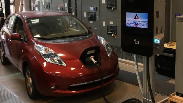 新型电动汽车充电器效率更高,比现有技术小10倍
