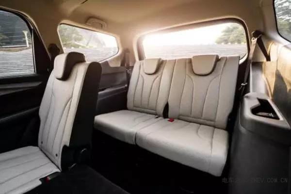 2019款MPV宝骏730将推48V混动版