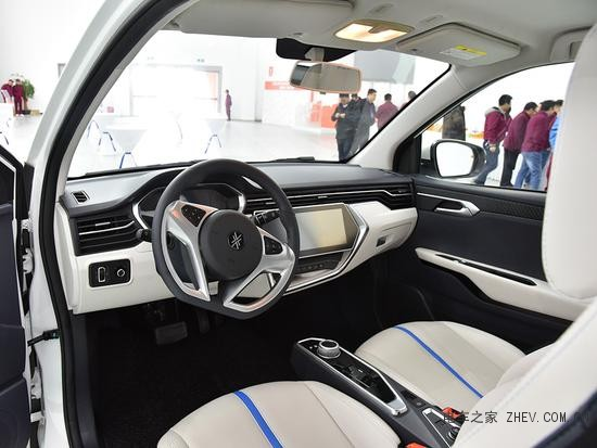 大乘汽车E20电动小汽车 预计明年1月上市