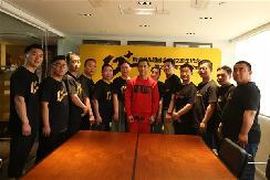 国际功夫巨星甄子丹&超威2019正式签约!连续代言12年,创全球品牌史纪录!
