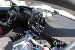 预计2021年上市 最新电动版宝马i4内饰谍照曝光