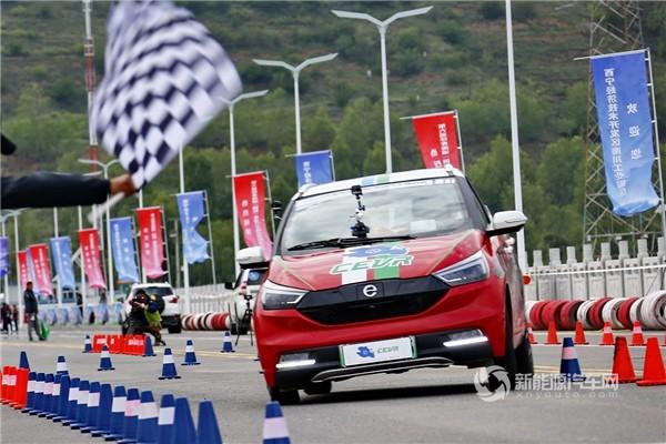 十八般武艺样样精通!第六届环青海湖(国际)日本阿v片在线播放免费汽车挑战赛迎来性能评测赛!