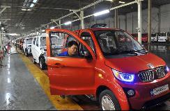 电动三轮车四轮车被治理 微型新能源汽车市场前景待检验