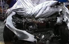 特斯拉又起火,2辆车烧毁,13辆车受损,车主维权无门被迫起诉!
