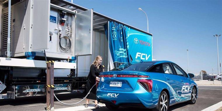 氢能源汽车是不是未来?百人会理事长和大众CEO明确表态观点对立!
