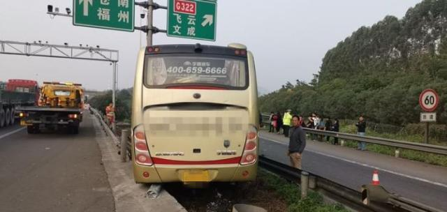 小车司机这一举动,差点害死自己外加35条人命