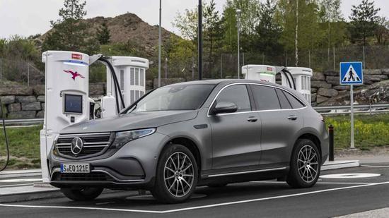 奔驰EQC电动汽车国产没上市已宣布召回,差速器螺栓可能断裂