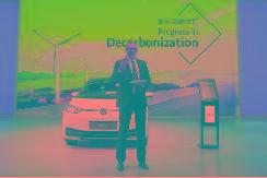燃油车抢占充电桩成为新能源汽车普及的主要限制因素,如何解决?