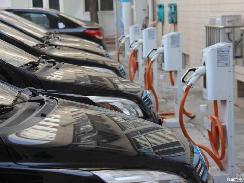 助力新能源车 南昌将新增充电桩16300个
