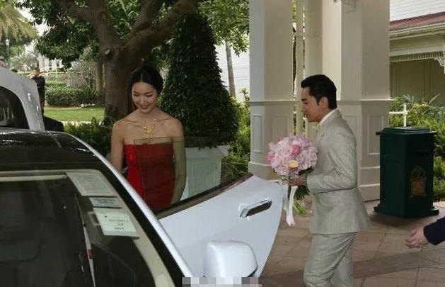 管虎现在的老婆_【华人版】开特斯拉汽车的大明星,你都认识谁? _电车之家