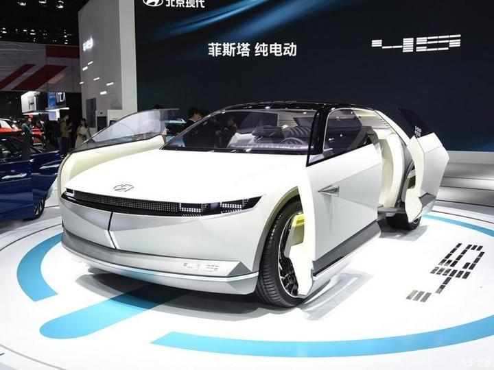 现代(进口) 现代45 2020款 EV Concept