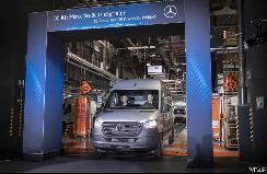 纯电动厢式货车 奔驰eSprinter正式投产