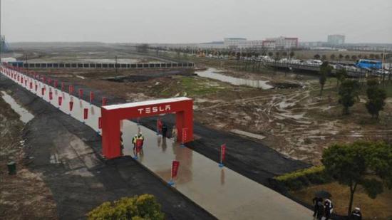 特斯拉与中国借贷方签订90亿元担保定期贷款协议
