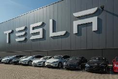 特斯拉市值创新高!比通用福特加起来多20亿美元