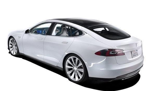 特斯拉MODEL S新能源汽车怎么样?续航能力502公里