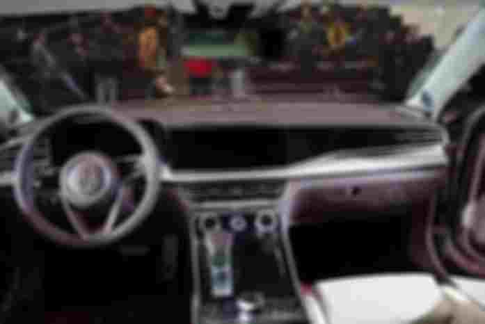 红旗实力派SUV,4年质保,国6标准,有它不屑看汉兰达