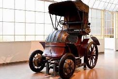 比燃油车早了半个世纪! 盘点各品牌首款电动车