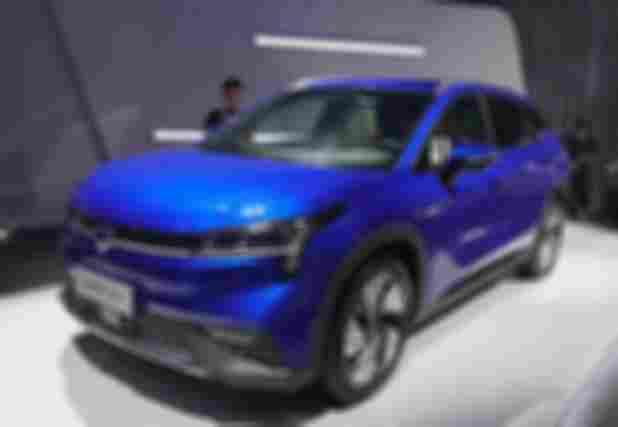 25-30万电动汽车来看广汽旗下的新能源车型AionLX【图】