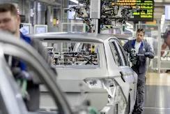 欧盟工厂停产已导致123万辆汽车损失