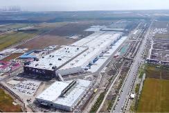 首次曝光 特斯拉发布上海超级工厂视频