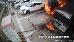 郑州日产帅客新能源自燃 导致三车报废