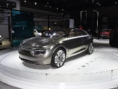 起亚再推高性能电动车型!483km续航里程