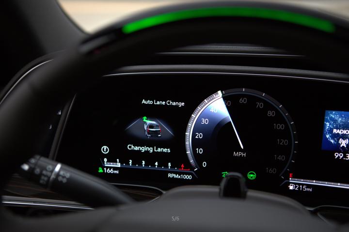 通用研发下一代半自动驾驶系统Ultra Cruise