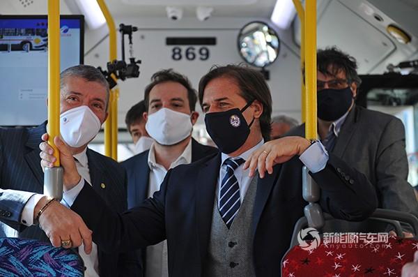 比亚迪20台纯电动大巴交付乌拉圭,总统出席、点赞!