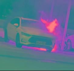 比亚迪秦Pro EV自燃 疑似刚充完电