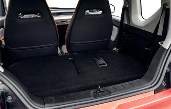 27马力 不到3米!五菱宏光MINI EV预售仅2.98万元起