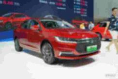 比亚迪秦EV推磷酸铁锂电池版 续航增至450公里 【图】
