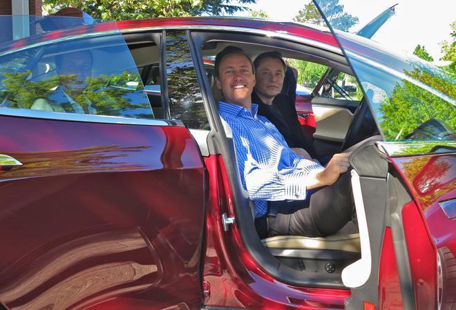 特斯拉Model S喜迎8周岁生日 推动整个行业电动汽车革  命