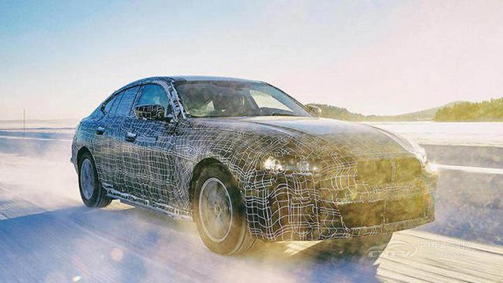 宝马系电动大军来袭,2025年前或有9款全新电动汽车推出