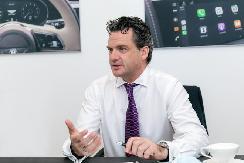 安睿轲:宾利计划于2023年推出全部车型的混动版本