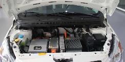 锂电池技术革新正加速新能源汽车成主流选择