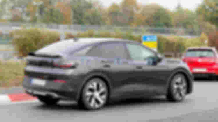 vw-id.5-first-spy-photo-rear-three-quarters