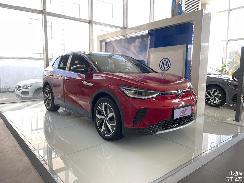 续航达550km,MEB平台首款纯电SUV,一汽大众ID.4 CROZZ到店实拍