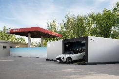 当第二代换电站开进加油站,蔚来怎么就和中石化勾搭在了一起?