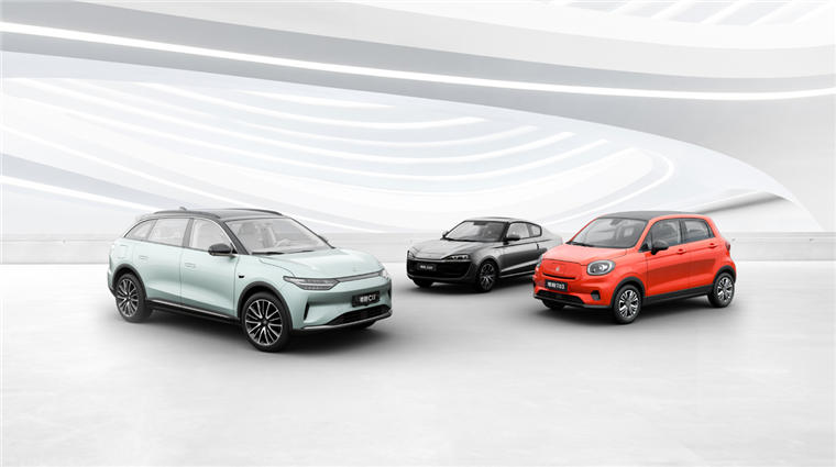 零跑将携C11性能版及多款新车亮相上海车展,发布智慧零跑生态社区
