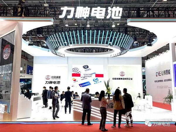 拥抱变化 精彩绽放 力神电池亮相2021上海国际车展