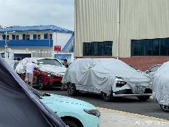 配激光雷达 疑似小鹏汽车中大型SUV谍照