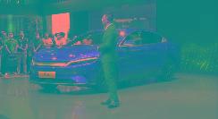死磕Model 3、小鹏P7,比亚迪汉EV又出新法宝