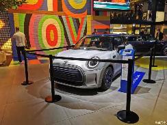 2021慕尼黑车展:MINI STRIP实车亮相