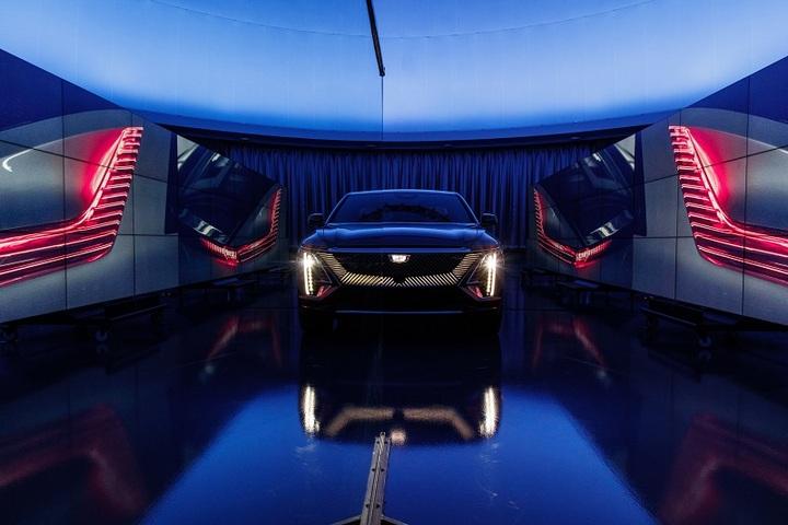 配图1:凯迪拉克首款豪华智能纯电SUV-LYRIQ将于年内开启预售(北美图).jpg